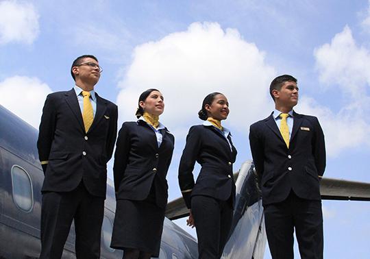 Auxiliar de Servicios Abordo y Aeroportuarios